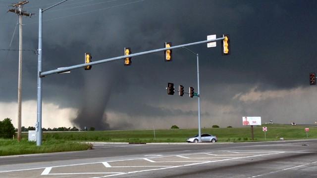 Moore-OK-tornado-ireport-5-jpg